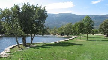 Viajestic casas para disfrutar de las mejores piscinas for Casas rurales cerca de piscinas naturales