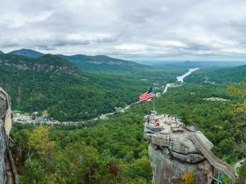 Cima Chimney Rock